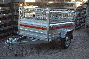 Trailer with fitted cage option